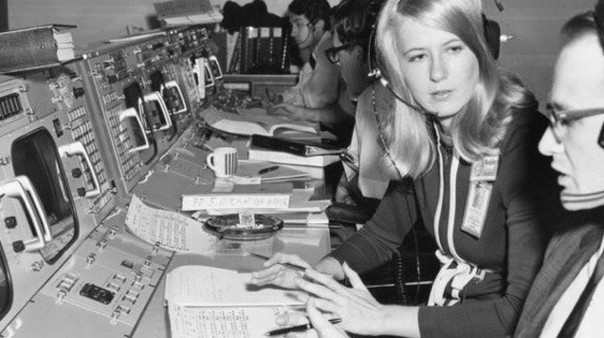 Apollo : Poppy Northcutt, première femme ingénieure dans le centre de Contrôle