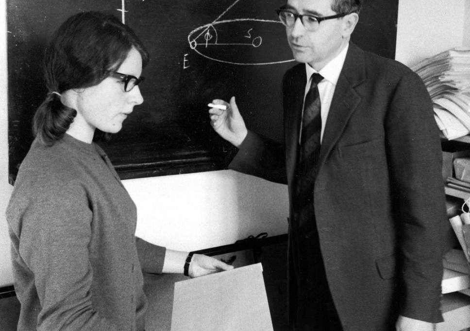 Jocelyn Bell et Anthony Hewish, en mars 1968