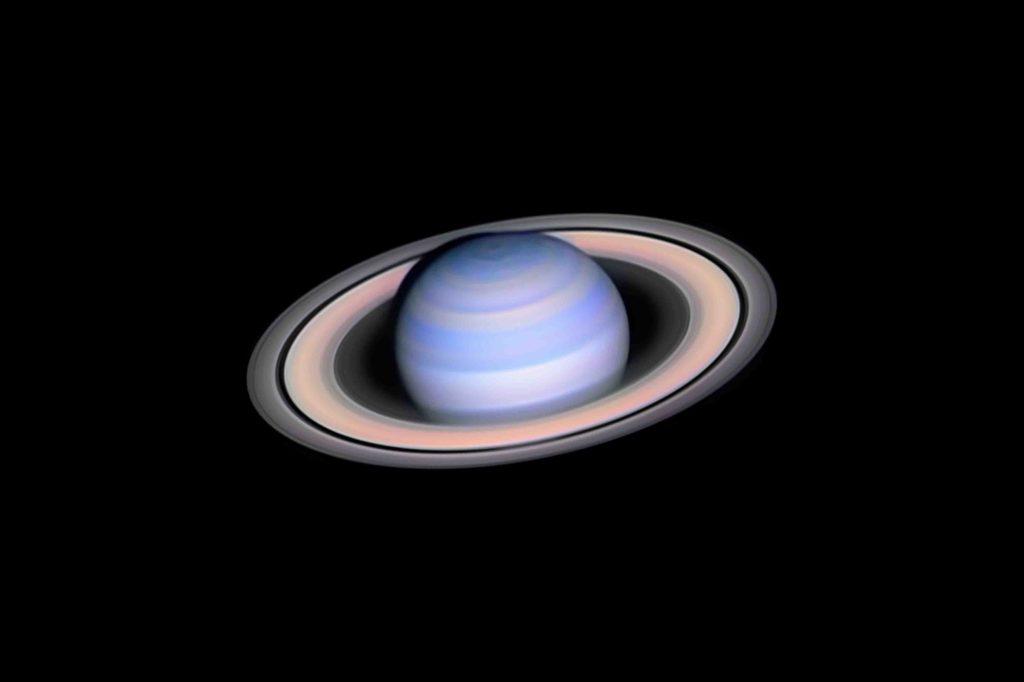 Infrared Saturn © László Francsics