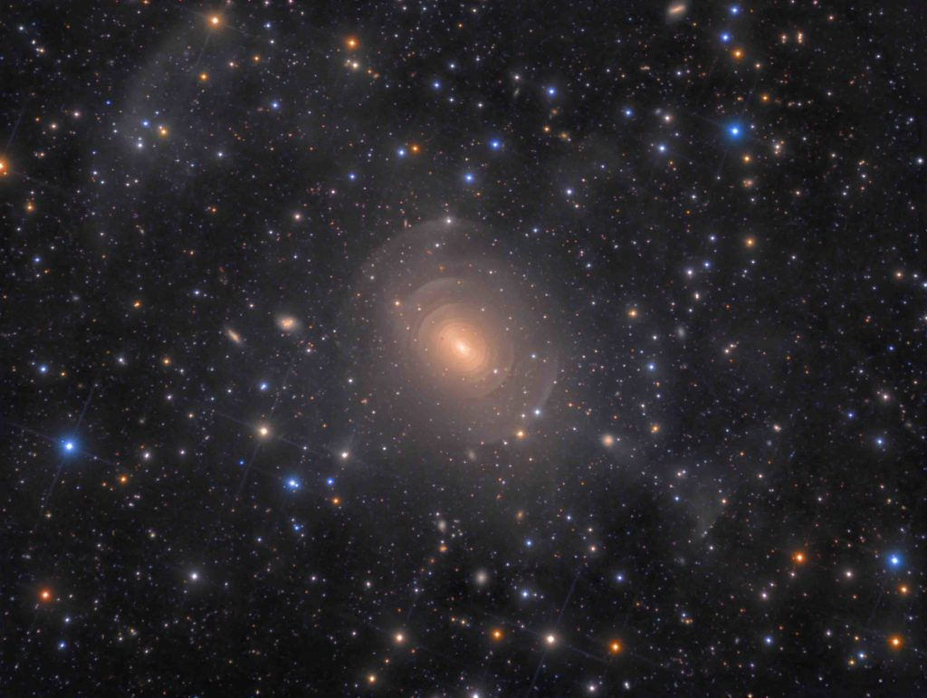 Shells of Elliptical Galaxy NGC 3923 in Hydra © Rolf Wahl Olsen